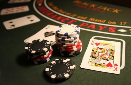 Blackjack Cheat Sheet: Learn How to Play and Win Blackjack Fast!